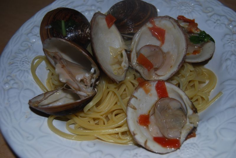 These tender and meaty clams taste great and are beautiful plated