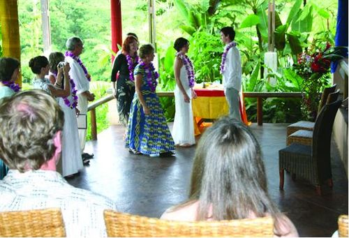 A wedding at Lost Iguana
