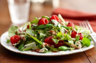 Crisp and delicious raspberry turkey salad